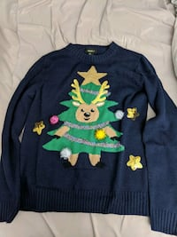 Forever 21 Christmas Sweater M Montreal