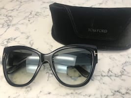Tom ford sunglasses - Authentic
