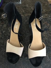 Ladies size 8 of black-and-Tan open toe heels Vaughan, L4H 0E5
