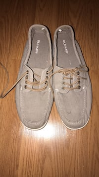Size 13 old navy shoes