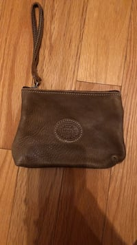 roots leather wristlet Georgetown, L7G 5K6