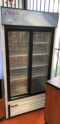 black and white commercial refrigerator Lakewood, 90712