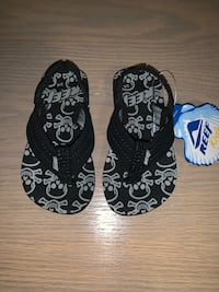 BRAND NEW KIDS REEF SANDALS- Size 3/4 Calgary, T3H 3C7