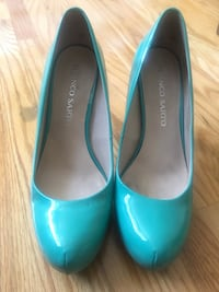 Nearly new - franco sarto patterned leather pumps - size 7.5 Toronto, M5E 1B3