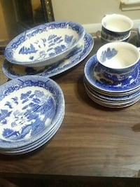 Antique china dish set Biloxi, 39531
