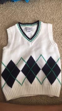 white and green knitted tank top Gulfport, 39503
