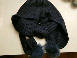UGG wool scarf with pompoms in Navy brand new.