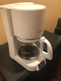 Betty Crocker coffee maker  Ajax, L1S 7M9