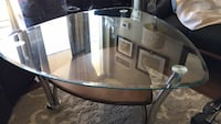 Glass top coffee table and matching end tables Mississauga, L5B