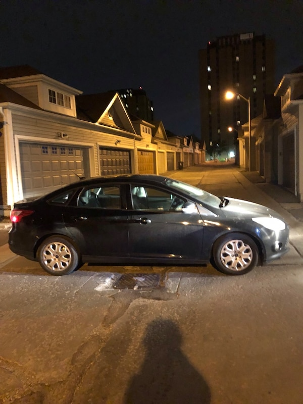 Ford Focus2012-(parts)-reduced for quick sale