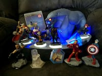 Disney infinity 3.0 with 13 characters and stand San Jose, 95123