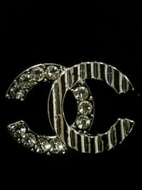 BRAND NEW, CHANEL brooch  Toronto, M2M 4B9