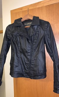 XS Women's Leather Jacket Guelph, N1G 4L9