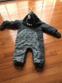 NEXT DIRECT English brand winter dinosaur jumper with attached gloves. 12-18 months. Brand new w/o tags.