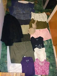 Womans size L clothing lot  Tacoma, 98418
