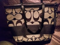Coach purse authentic like new.  Surrey, V3R 6N7