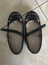 Girl's shoes- toddler
