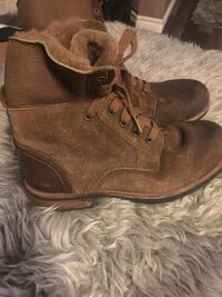 UGG Ladies fall/winter boots size 8 Calgary, T2J