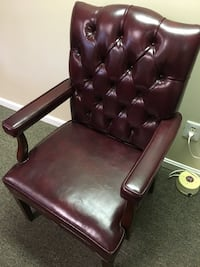 brown leather tufted padded armchair Springfield, 22151