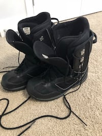 Men's 10.5 snowboard boots Maple Ridge, V2W 1H6