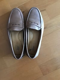 G.H Bass leather loafers- size 7/ like new  Toronto, M5A 3C4
