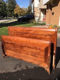 Queen size solid wood headboard, footboard and wood side rails