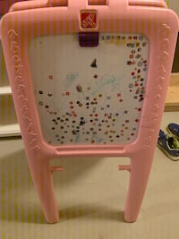 Kid's Easel in pink