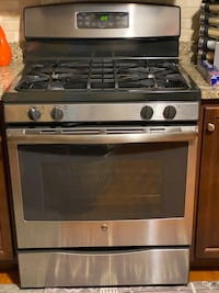 GE stainless steel gas stove