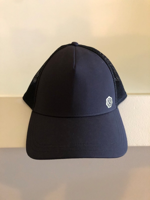 60ee01ffec7bd Used Lululemon SnapBack hat for sale in Kelowna - letgo