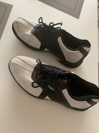Waterproof golf shoes Men's size 9.  Edmonton, T5N 1C5