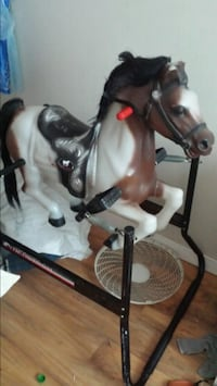 Win dancer  vintage bouncing horse