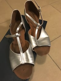 pair of white leather open-toe ankle strap heels Toronto, M8X 2X2