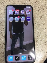 iPhone X 64GB Oxon Hill, 20745