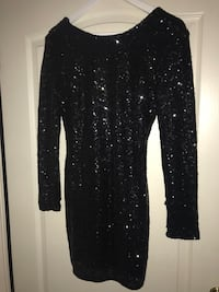 svart sequined scoop-neck langermet bodycon kjole Kokstad, 5257