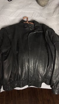 Men's leather coat Kelowna, V1Y 3G3