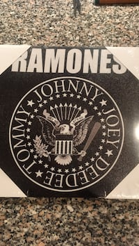 Ramones canvas  -art canvas- NEW in package.