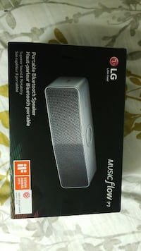 gray LG Music Flow P7 speaker box Calgary, T3E 6B4
