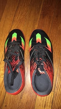 Kids Adidas soccer shoes size 5