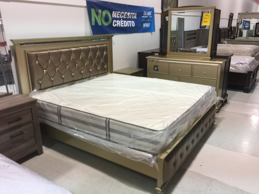 Letgo Brown Bed Frame White Mattre In Douglasville Ga