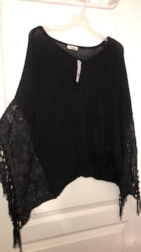 Black garage never been used blouse Calgary, T3J 0A1