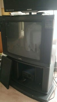 Sony  CRT TV with stand 541 km