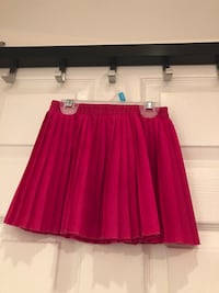Girls size 3 pleated skirts $5 each!! Markham, L3S 4C3