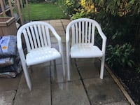 5 White Patio Chairs (Plastic) Châteauguay, J6K 2K5
