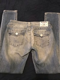 Size 27 very good condition true religion  783 km