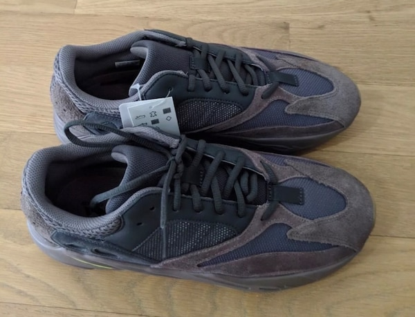 0c5d3c2a2 Used Yeezy Boost 700 Mauve Size 11 Brand New for sale in New York ...