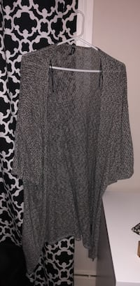 Black and white cardigan from h&m  Toronto, M9W 2E7