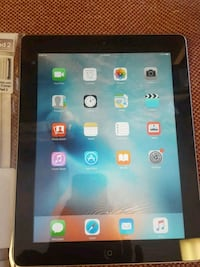 IPAD 2 16GB come with case and cable Calgary, T1Y 6Z2