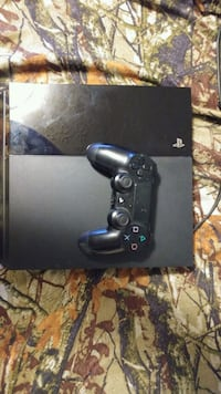 black Sony PS4 console with controller Somerset, 42501