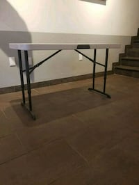 Folding tables 4ft -2ft Toronto, M4E 1H2