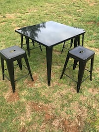 """New Metal Table w/ 24"""" Stools  Austell, 30106"""